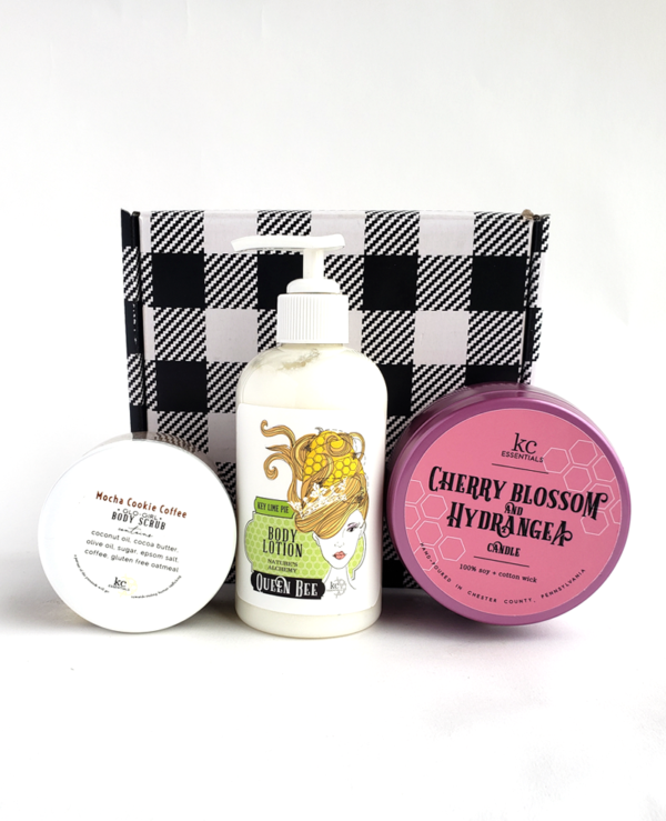 TLC Mother's Day Gift Set Candle Scrub Lotion